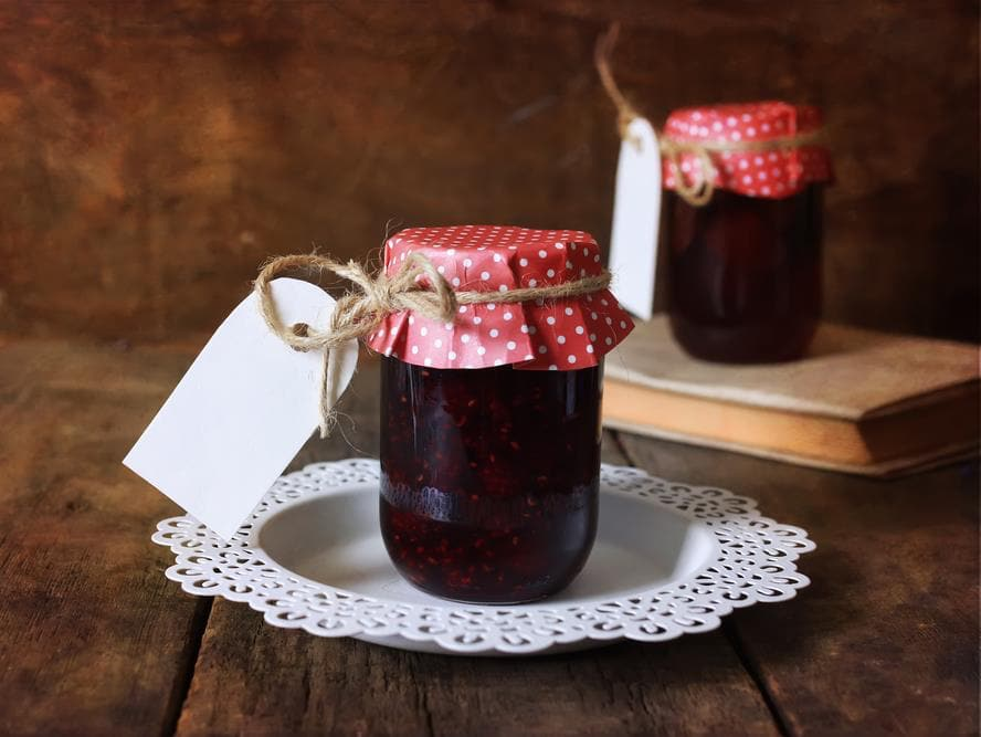 The Place for Jam Jar Wedding Favours